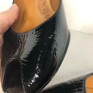 Sofft Shoes - Sofft Shiny Black Leather Peep Toe Pump Heel 8.5